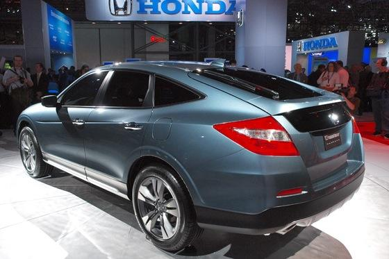 2013 Honda Crosstour Concept: New York Auto Show featured image large thumb12