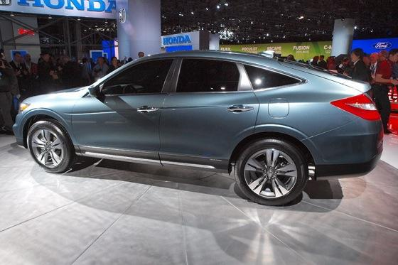 2013 Honda Crosstour Concept: New York Auto Show featured image large thumb13