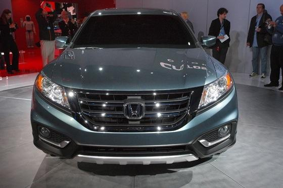 2013 Honda Crosstour Concept: New York Auto Show featured image large thumb19