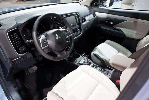 2014 Mitsubishi Outlander PHEV: 2012 Paris Auto Show ...