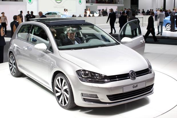 2014 Volkswagen Golf: 2012 Paris Auto Show featured image large thumb0