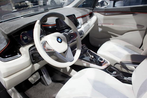 BMW Concept Active Tourer: 2012 Paris Auto Show featured image large thumb4