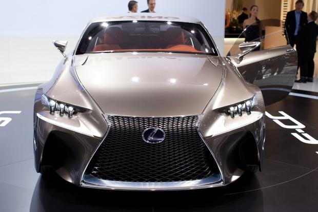 Lexus LF-CC Concept: 2012 Paris Auto Show featured image large thumb2