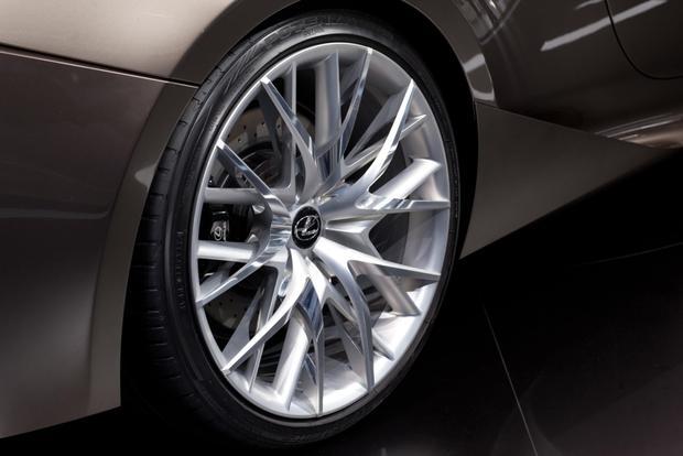Lexus LF-CC Concept: 2012 Paris Auto Show featured image large thumb9