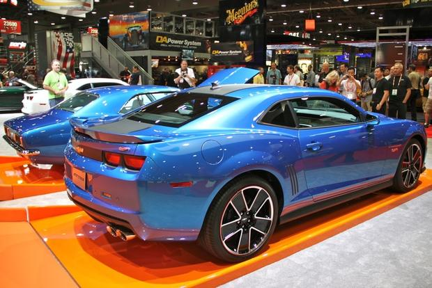2013 Chevy Camaro Hot Wheels: SEMA Auto Show featured image large thumb7