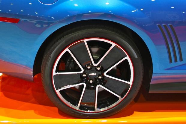 2013 Chevy Camaro Hot Wheels: SEMA Auto Show featured image large thumb10