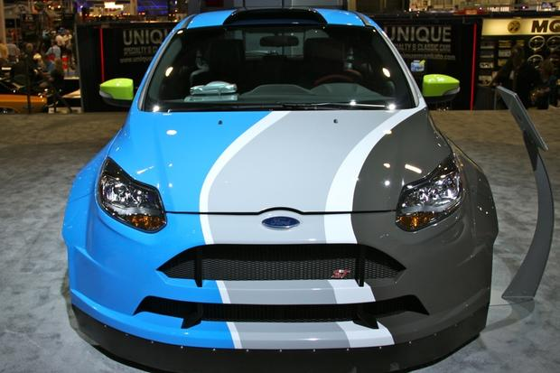 2013 Ford Focus ST: SEMA Auto Show featured image large thumb3