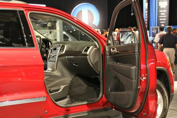 2013 Jeep Grand Cherokee Half & Half: SEMA Auto Show featured image large thumb5