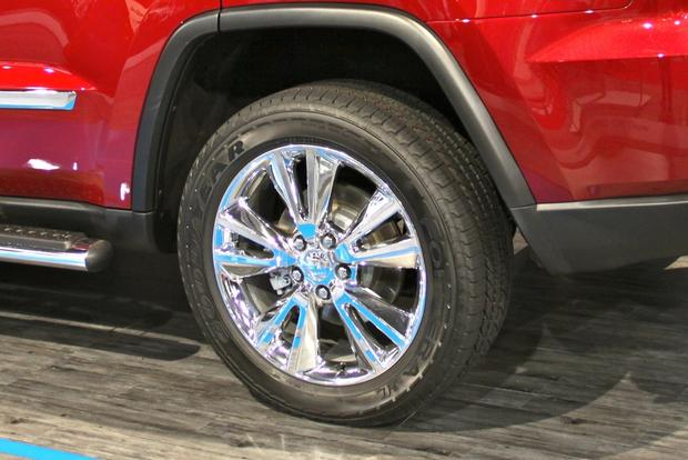 2013 Jeep Grand Cherokee Half & Half: SEMA Auto Show featured image large thumb9