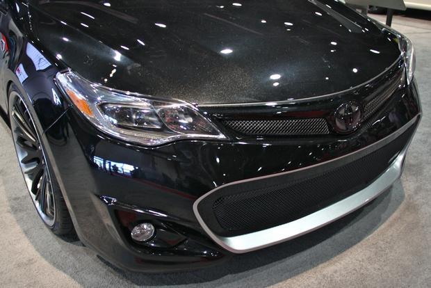 2013 Toyota Avalon: SEMA Auto Show featured image large thumb2