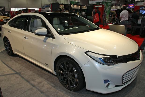 2013 Toyota Avalon: SEMA Auto Show featured image large thumb5