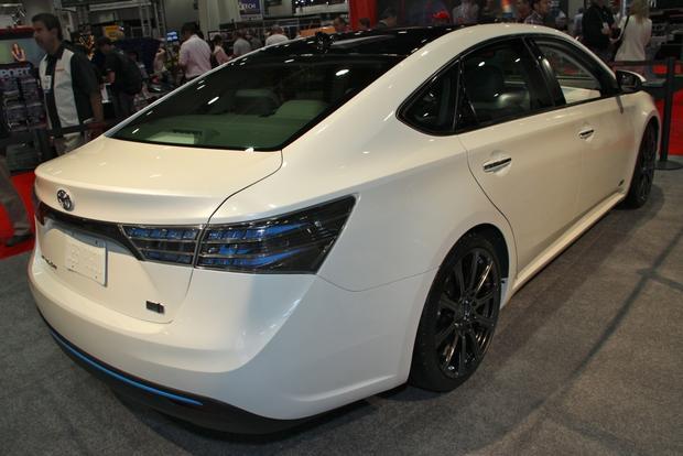 2013 Toyota Avalon: SEMA Auto Show featured image large thumb7