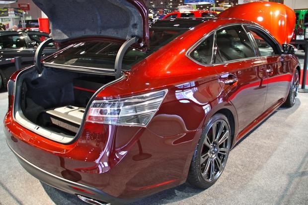 2013 Toyota Avalon: SEMA Auto Show featured image large thumb16