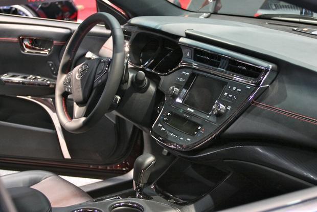 2013 Toyota Avalon: SEMA Auto Show featured image large thumb22