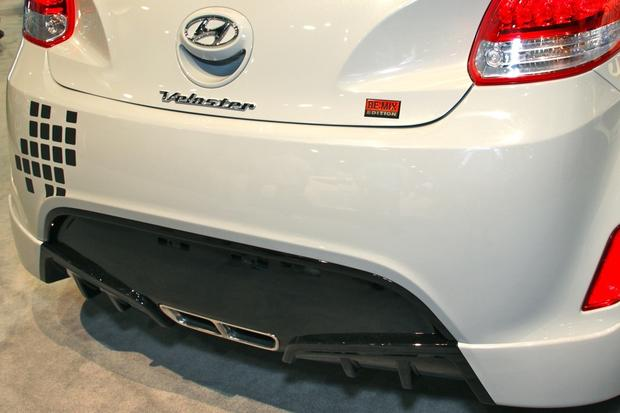 2013 Hyundai Veloster Re:Mix: SEMA Auto Show featured image large thumb6