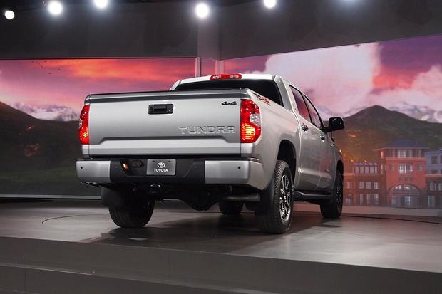 2014 Toyota Tundra: Chicago Auto Show featured image large thumb5