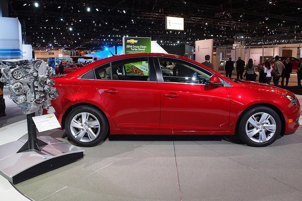 2014 Chevrolet Cruze Diesel: Chicago Auto Show featured image large thumb0