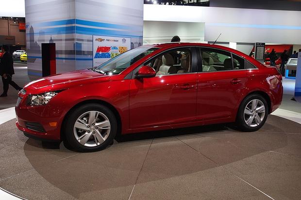 2014 Chevrolet Cruze Diesel: Chicago Auto Show featured image large thumb1
