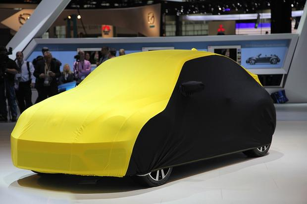 2013 Volkswagen Beetle GSR: Chicago Auto Show featured image large thumb1