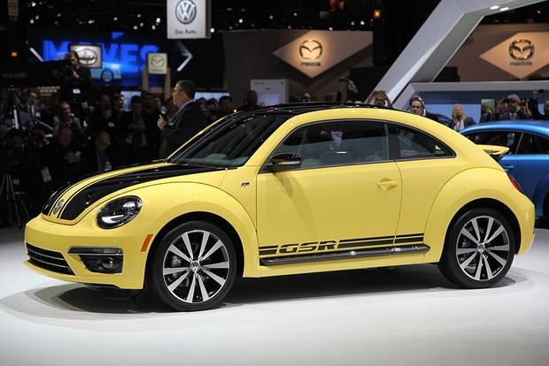 2013 Volkswagen Beetle GSR: Chicago Auto Show featured image large thumb2