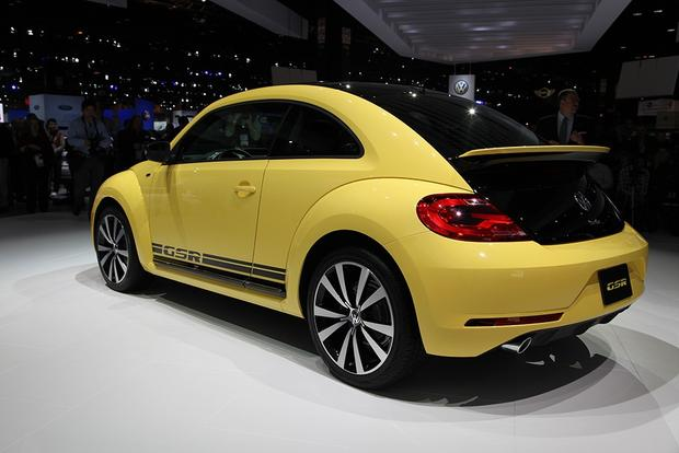 2013 Volkswagen Beetle GSR: Chicago Auto Show featured image large thumb3