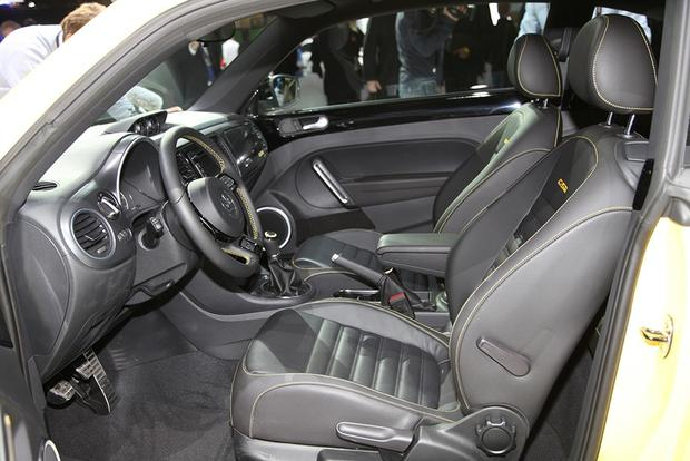 2013 Volkswagen Beetle GSR: Chicago Auto Show featured image large thumb10