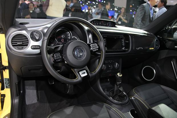 2013 Volkswagen Beetle GSR: Chicago Auto Show featured image large thumb11