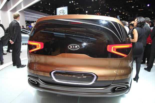 Kia Cross GT Concept: Chicago Auto Show featured image large thumb3