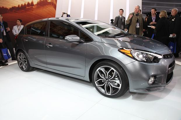 2014 Kia Forte: Chicago Auto Show featured image large thumb3