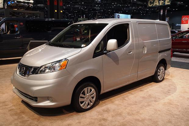 2013 Nissan NV200: Chicago Auto Show featured image large thumb1