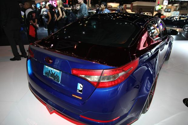 Superman-Themed 2013 Kia Optima Hybrid: Chicago Auto Show featured image large thumb4