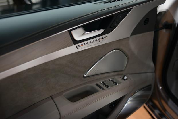2015 Audi A8: Frankfurt Auto Show featured image large thumb4