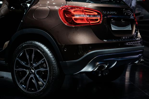 2015 Mercedes-Benz GLA-Class: Frankfurt Auto Show featured image large thumb8