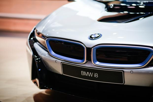 BMW i8: Frankfurt Auto Show featured image large thumb2