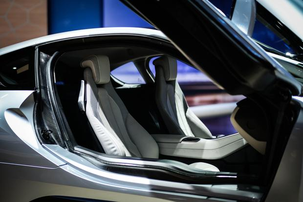 BMW i8: Frankfurt Auto Show featured image large thumb4