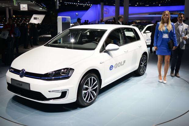 Volkswagen e-Golf: Frankfurt Auto Show featured image large thumb0
