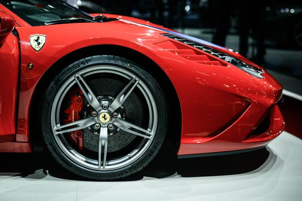 2015 Ferrari 458 Speciale: Frankfurt Auto Show featured image large thumb4