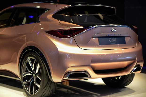 Infiniti Q30: Frankfurt Auto Show featured image large thumb4