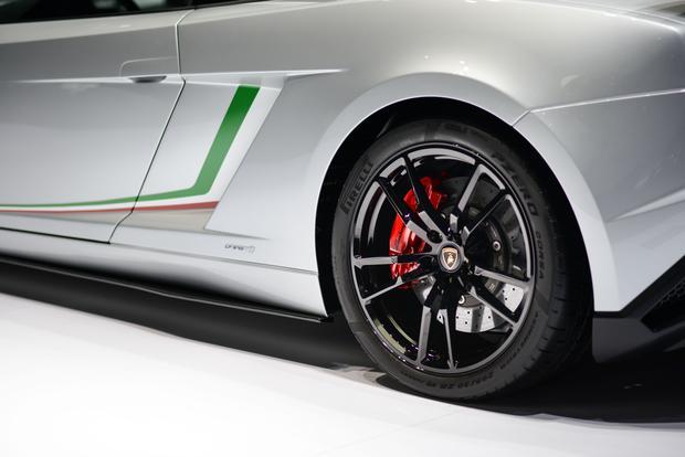 Lamborghini Gallardo LP 570-4 Squadra Corse: Frankfurt Auto Show featured image large thumb4