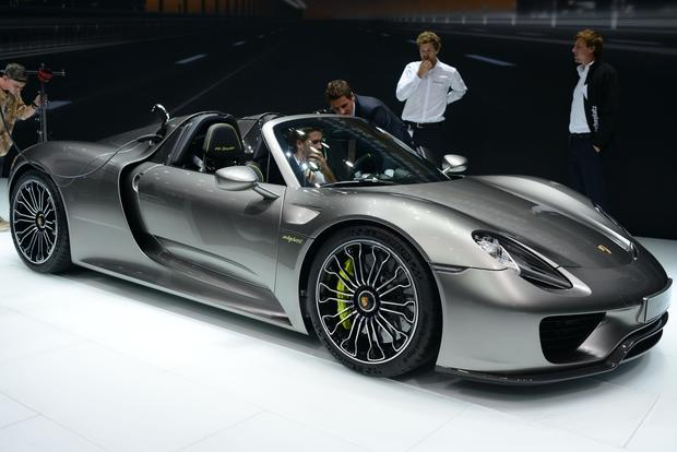 why are there 8 porsche 918 spyders for sale on autotrader autotrader. Black Bedroom Furniture Sets. Home Design Ideas