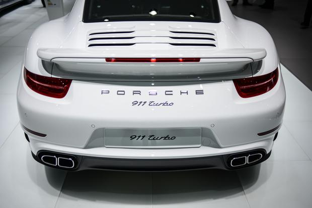 2014 Porsche 911 Turbo and Turbo S: Frankfurt Auto Show featured image large thumb4