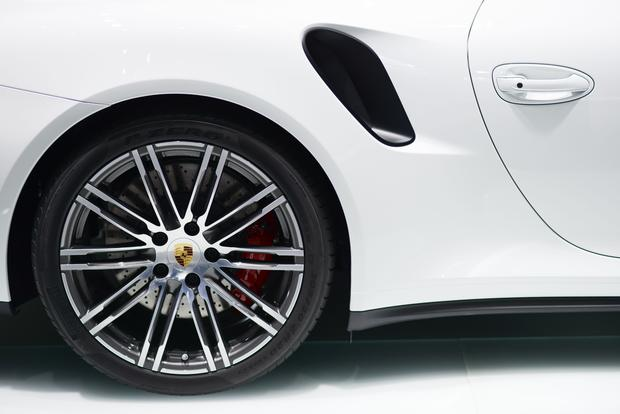 2014 Porsche 911 Turbo and Turbo S: Frankfurt Auto Show featured image large thumb6