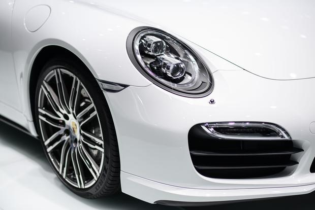 2014 Porsche 911 Turbo and Turbo S: Frankfurt Auto Show featured image large thumb8
