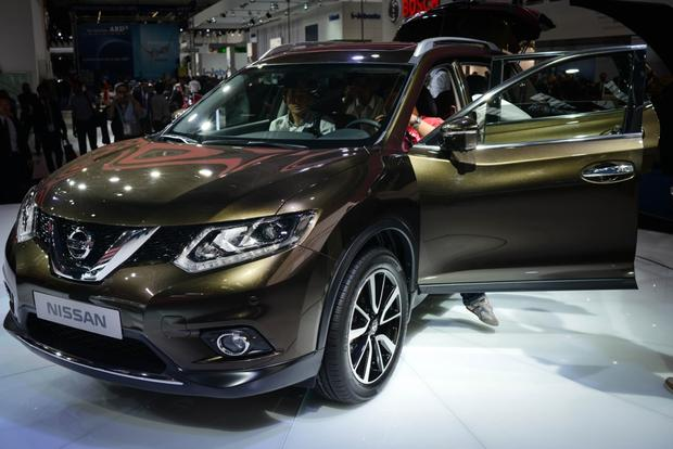 2014 Nissan Rogue: Frankfurt Auto Show featured image large thumb4