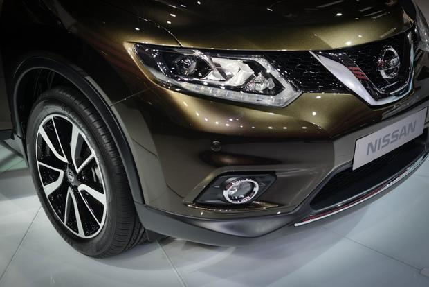 2014 Nissan Rogue: Frankfurt Auto Show featured image large thumb7