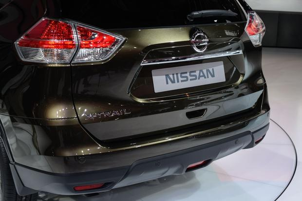 2014 Nissan Rogue: Frankfurt Auto Show featured image large thumb8