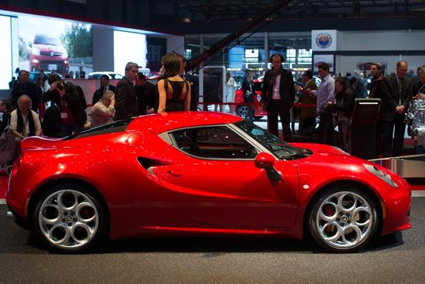 2014 Alfa Romeo 4C: Geneva Auto Show featured image large thumb5