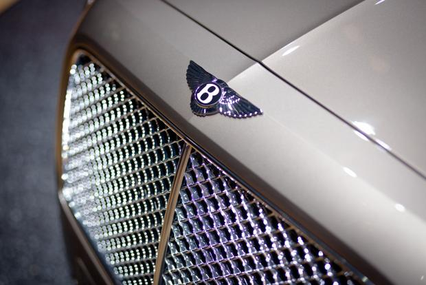 2014 Bentley Continental Flying Spur: Geneva Auto Show featured image large thumb1