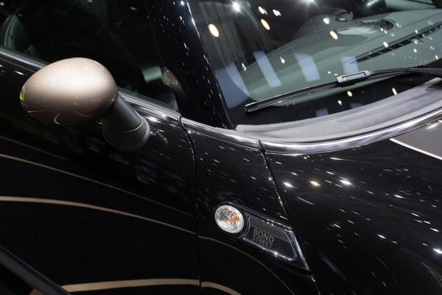 2014 MINI Clubman Bond Street Bows in Geneva featured image large thumb4