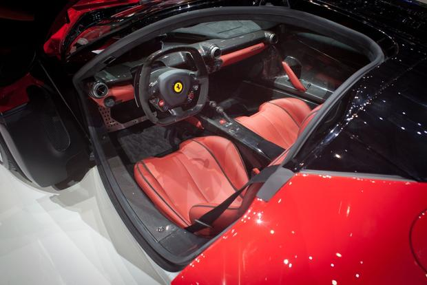LaFerrari: 2013 Geneva Auto Show featured image large thumb10